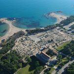 Vista aérea de las ruinas de Empúrias y playas de l'Escala