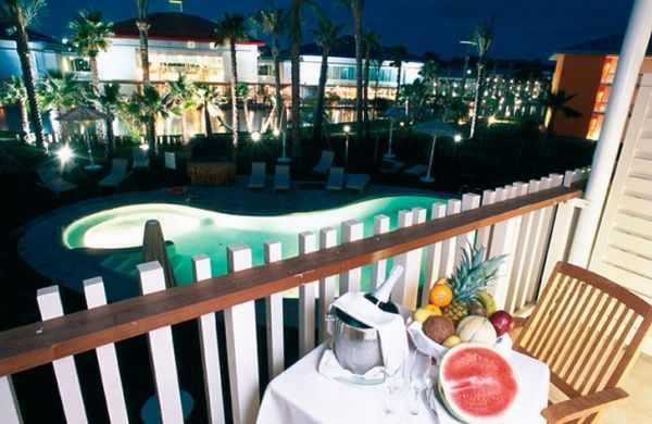 Hotel Caribe de Port Aventura en Salou, terraza