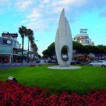 Rotonda avenida principal de Platja d'Aro