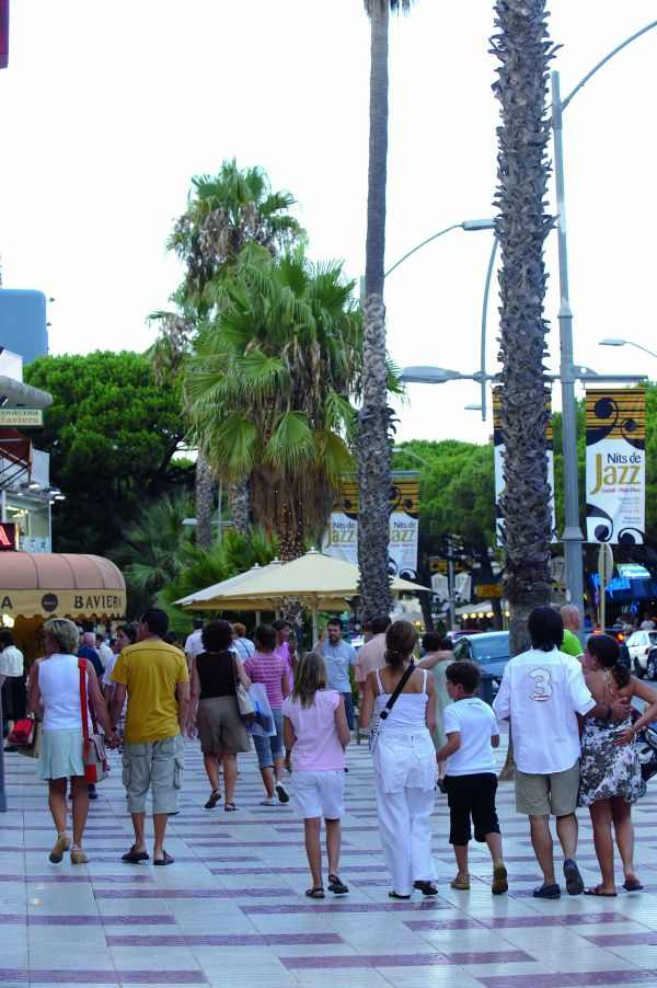 Avenida principal de Platja d'Aro