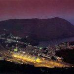 Portbou de noche, en la Costa Brava