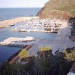 Puerto de Portbou en la Costa Brava