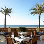 Restaurante exterior de Le Meridien Ra Beach Hotel & Spa en el Vendrell (Costa Daurada)