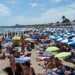 Playa de Sitges en verano