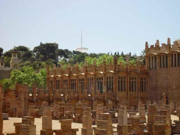 Caixaforum barcelona museo de barcelona arte en for Horario oficinas catalunya caixa