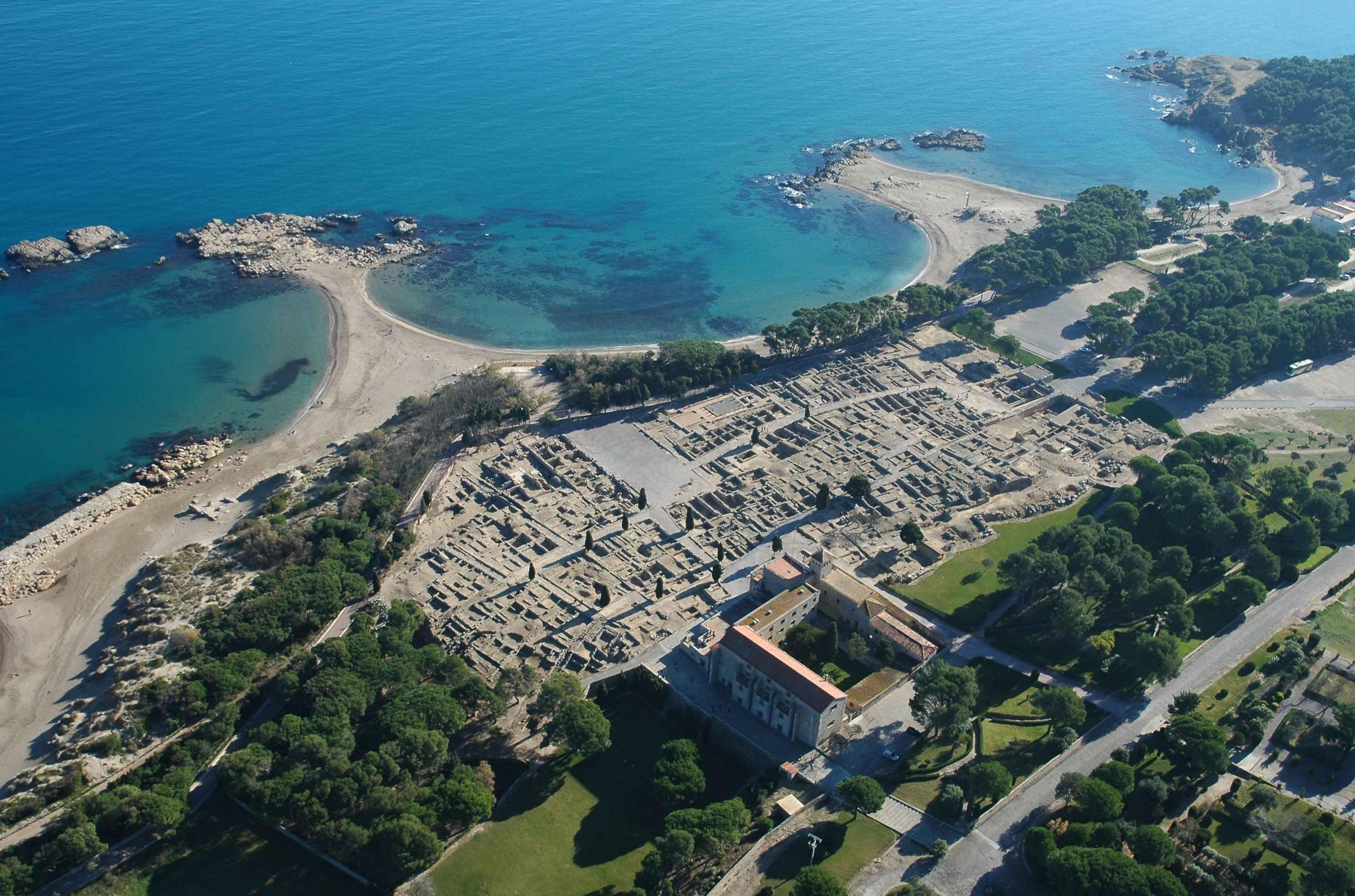 L'Escala, vista aérea de las ruinas de Empúries