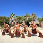 Área temática de la Polynesia de Port Aventura (Salou), espectáculo Aloha Tahití