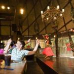 Restaurante barato en Port Aventura Bora Bora, con espectáculo