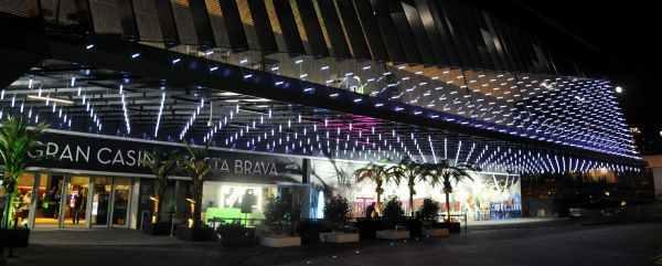 Exterior del Gran Casino Costa Brava en Lloret de Mar