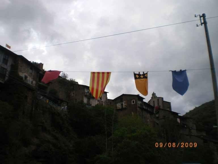 Banderolas en Montferrer i Castellbò