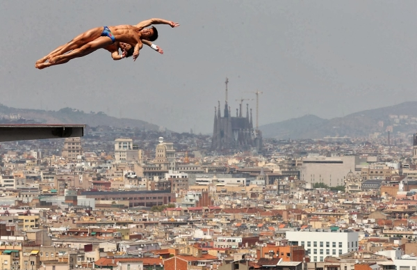 Esports a barcelona demediterr for Piscines picornell