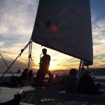 puesta de sol catamaran barcelona