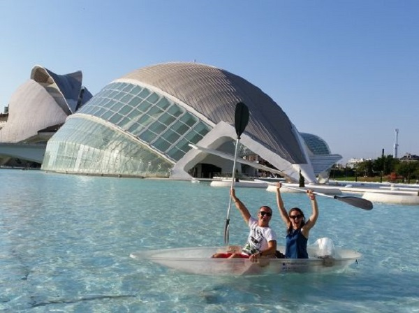 Semana santa ciudad de las artes y las ciencias hotel for Hotel oceanografic ninos