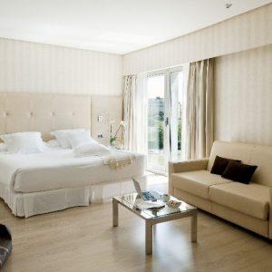 Hotel Barcelo Sevilla Renacimiento más entradas Aquopolis Sevilla